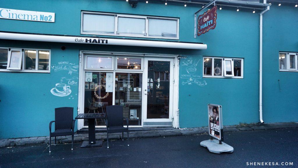 Cafe Haiti outside