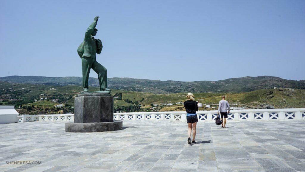 Socha neznámého námořníka, ostrov Andros