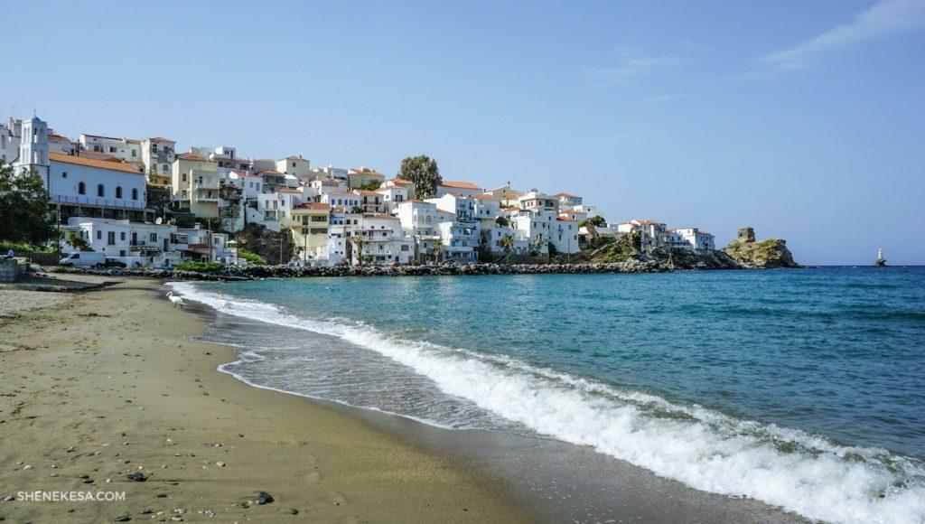 Pláž Andros Chora