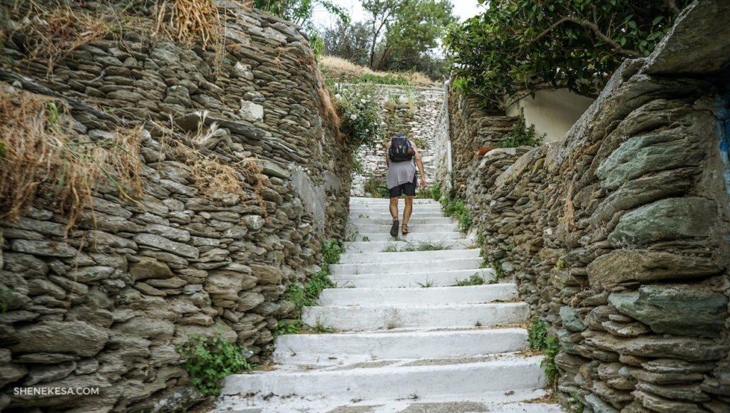 Ve městečku, ostrov Andros