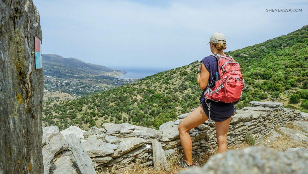 Cesta mezi Chorou a klášterem Panachrantou, ostrov Andros